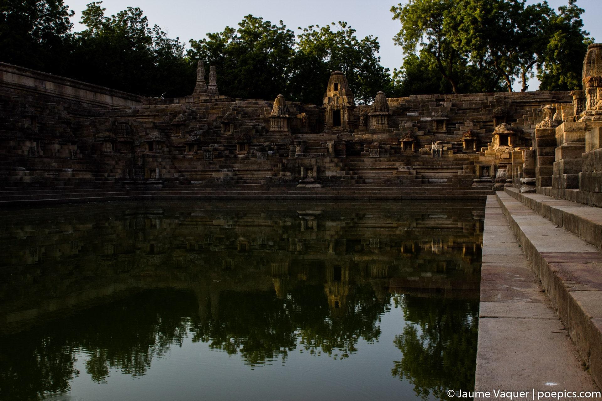 Templo Surya Mandir en Modhera, Gujarat, India