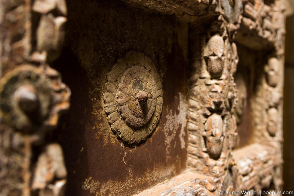 Detalle de una puerta del fuerte de Jodhpur, Rajasthan, India