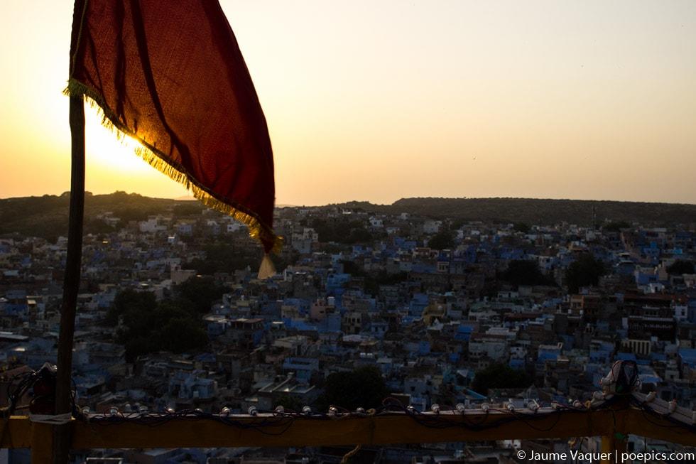 Atardecer desde el fuerte de Jodhpur, Rajasthan, India