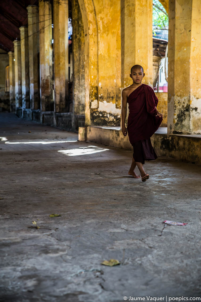 Budhist monk in Mawlamyine, Myanmar (Burma)